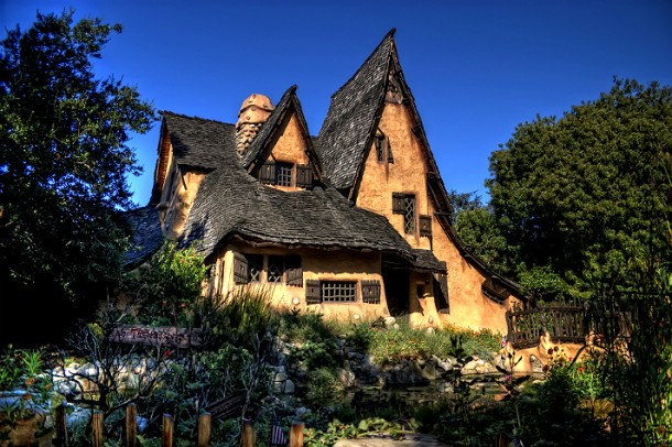 """Witch's House"" in Beverly Hills (image Discover Los Angeles)"