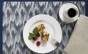 Summer Bedding and Dinnerware Trends: Ikats, Florals, and Geometrics