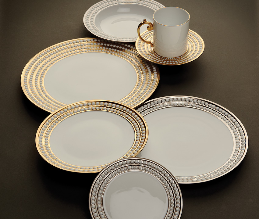Perlee Gold Dinnerware