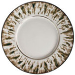 Cream Scale Platinum Dinnerware | Gracious Style