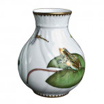 Waterlily Bud Vase 4.75 in