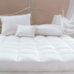 Deluxe Featherbed Topped with down comforter