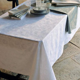 Mille Pensees Blanc Table Linens