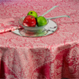 Grand Soir Peony Table Linens