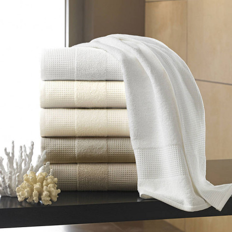 Hotel Bath Towels | Gracious Style